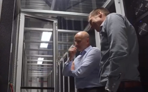Two men in a data center - Serverius case study