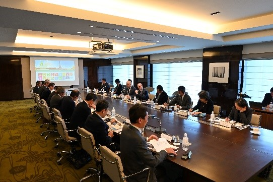 Round Table Meeting in Tokyo