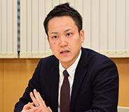 株式会社ヒマラヤ 専務取締役 販売チャネル統括本部長 小森 一輝 氏の写真