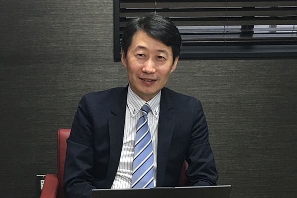 Photo : Yasushi Okuno, Ph.D. Professor at Department of Biomedical Data Intelligence, Graduate School of Medicine, Kyoto University