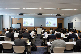 Photo: Briefing at the Kawasaki Plant