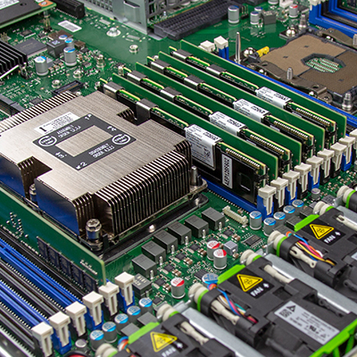 PRIMERGY Server : Fujitsu Global