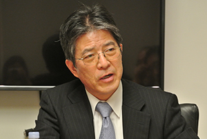 Picture: Osamu Shiraishi, Director, Asia-Pacific Human Rights Information Center