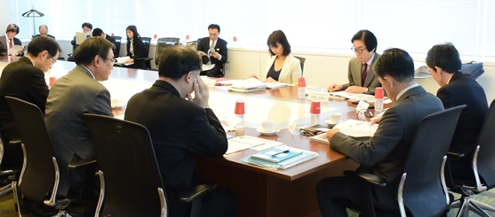 Picture: A dialog with stakeholders