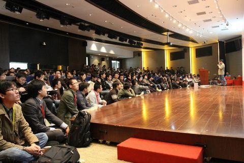 图1 RubyConfChina 2012大会主会场现场