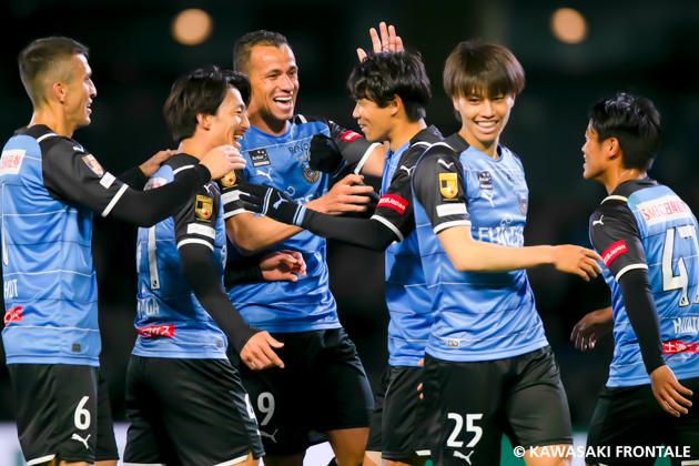 川崎フロンターレの選手たちの画像