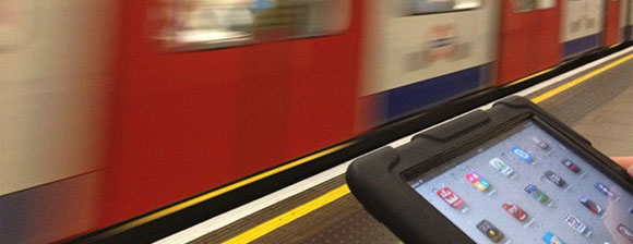 Tube train and tablet computer